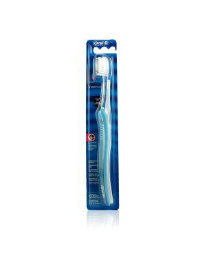 Oral-B Spazzolino Ortho Brush